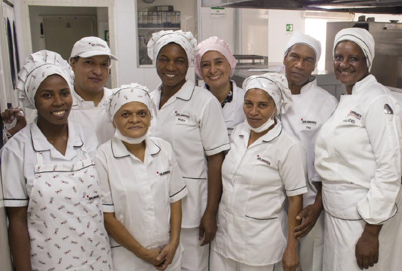Mujeres afrodescendientes e indígenas dan sus primeros pasos en el mercado laboral